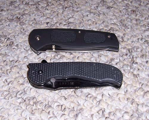 folding-knife-and-trainer-1